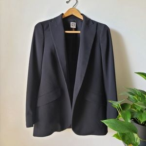 WORN ONCE ANNE KLEIN BLACK SUIT SIZE 8